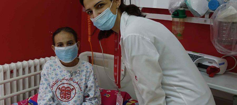 Ruba, mentre è ricoverata per i controlli e le cure di routine