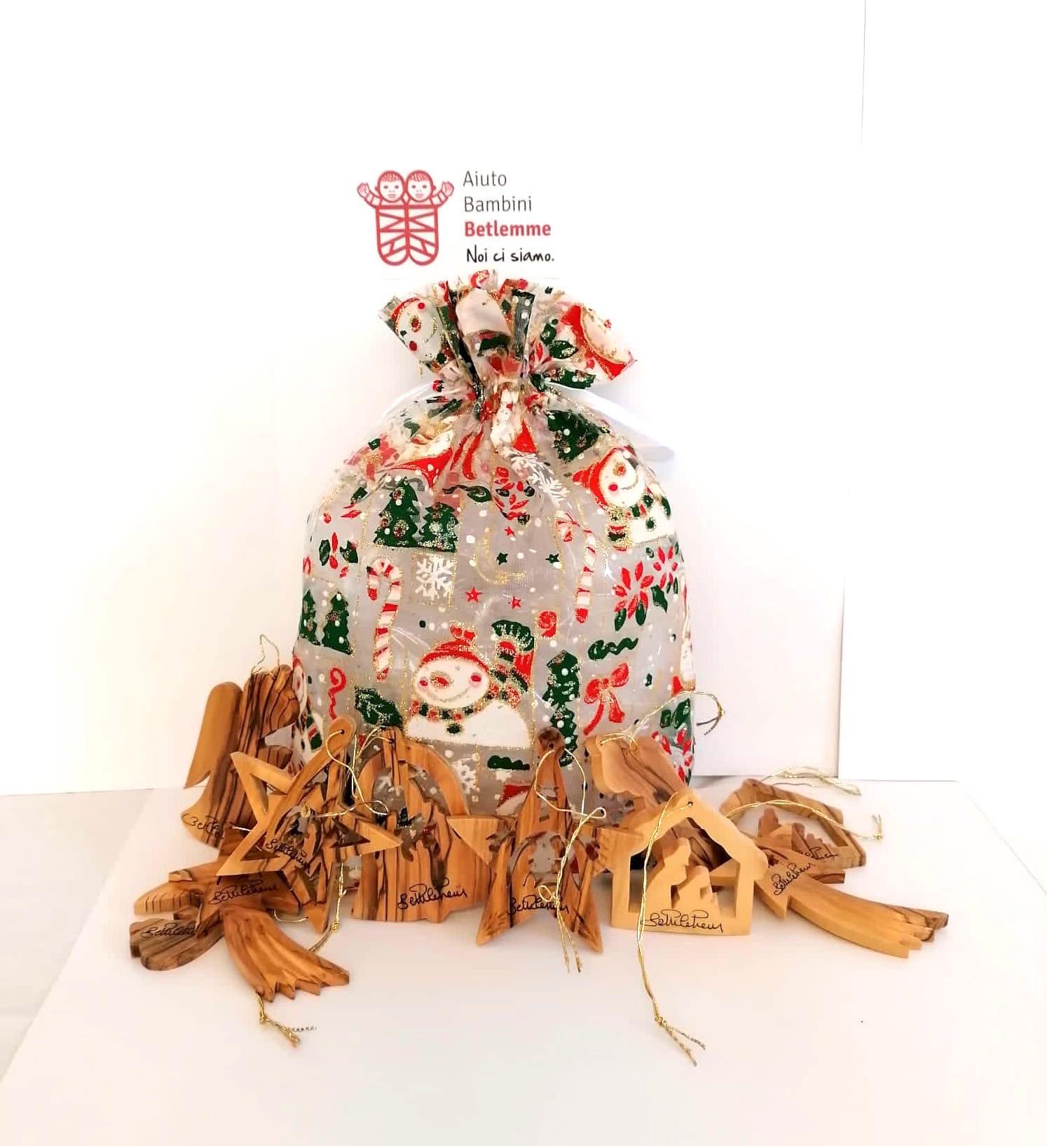 addobbi legno ulivo betlemme regali solidali terra santa palestina