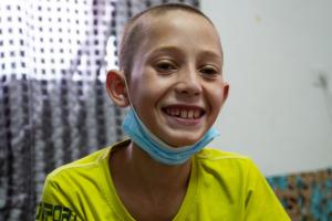 Baraa, dodici anni, non parla della sua malattia con i compagni di classe
