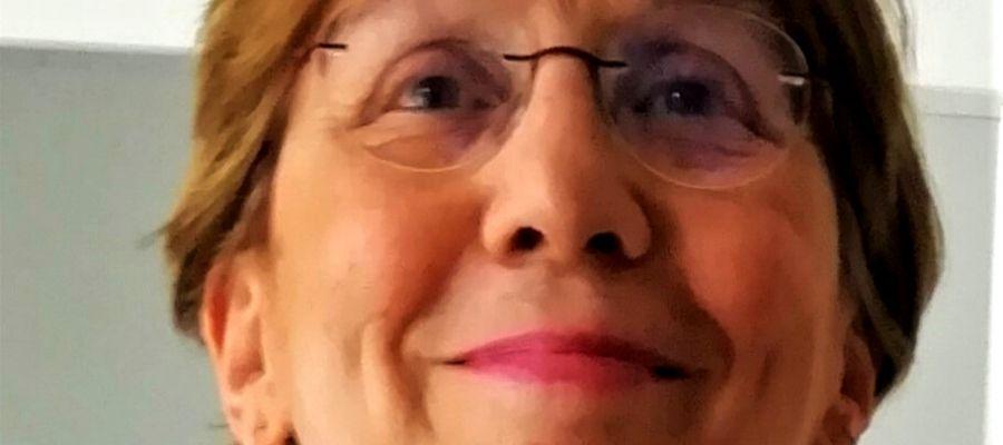 """Maria Orecchia, autrice del libro """"Con quel che c'è"""""""