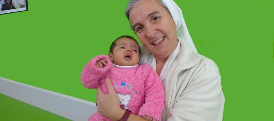 Suor Donatella Lessio al Caritas Baby Hospital (immagine di repertorio)